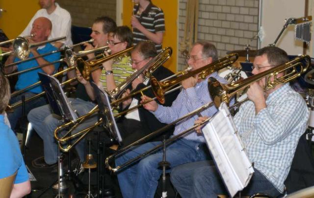 2008_trombones_04