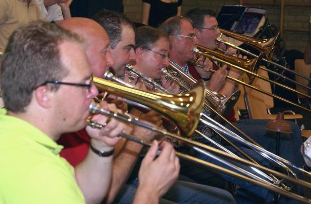 2008_trombones_06